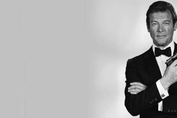 James Bond Roger Moore is dead