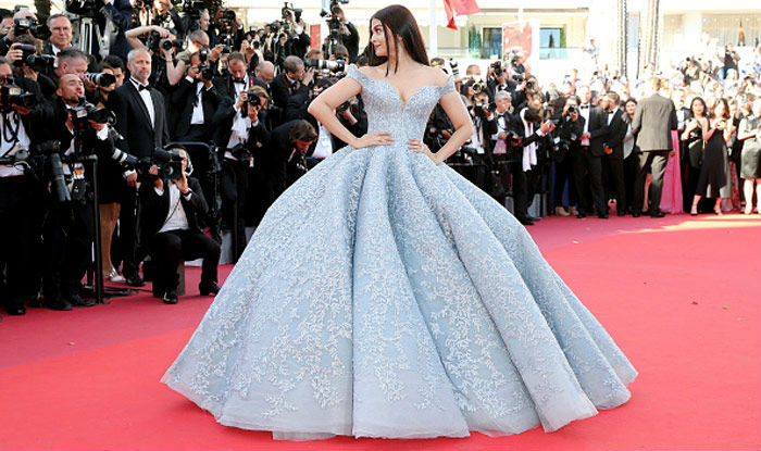 Humor in Aishwarya Rai's fashion at Cannes festival
